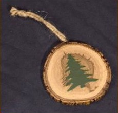 christmas-tree-on-pine-log-ornament.jpg
