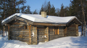 Is It Really This Easy To Build A Log Cabin?