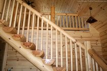 log-staircase-from-hiawatha-log-homes.jpg