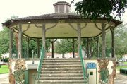 outdoor-gazebo-using-trees-as-poles.jpg
