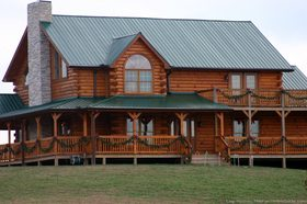 rustic-warm-log-home-picture.jpg