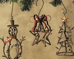Rustic Christmas Ornaments That Would Look Great In A Log Cabin Or A Log Home