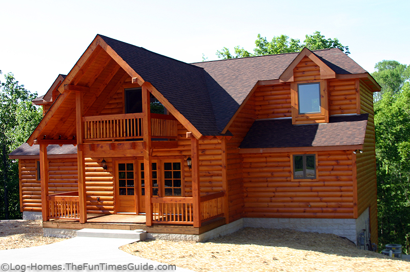 Faux Log Walls http://log-homes.thefuntimesguide.com/2007/05/log_siding_vs_full_log_walls.php