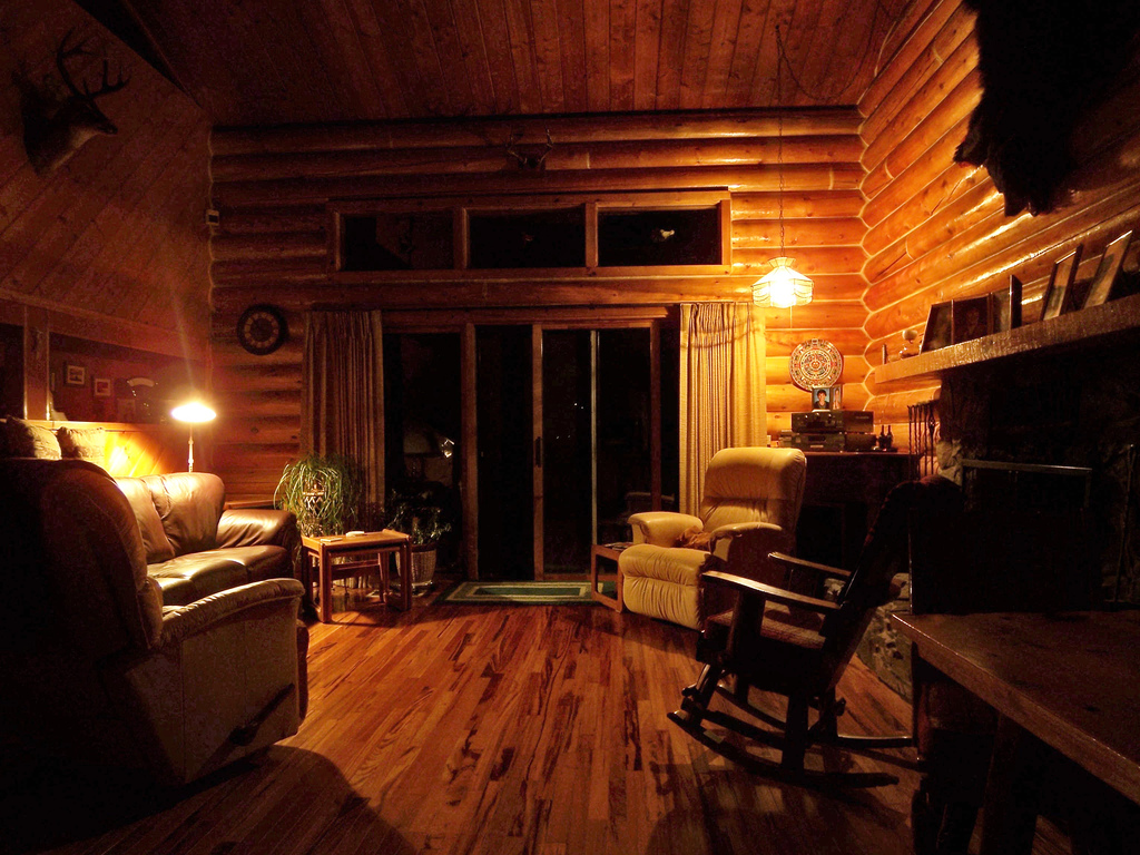 How to feng shui your home room by room the log home - Interior pictures of small log cabins ...