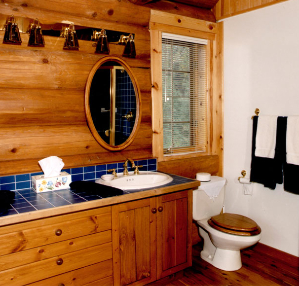 Log Home Bathroom Toilet