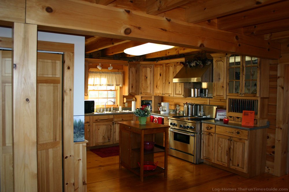 How To Choose Kitchen Cabinets For Your Log Home | The Log ...
