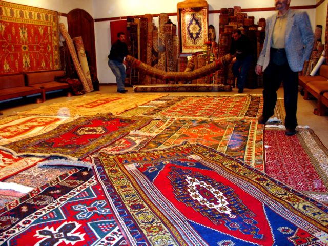 Rug shopping the best online sites for area rugs and for Best area rug websites