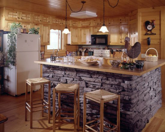 Pictures of stone accents used in log homes fun times for Stone kitchen island