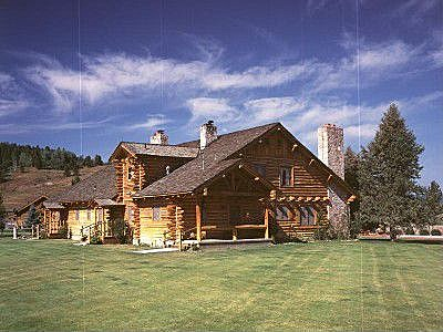 Jackson wy homes for rent abode at blue heron bedroom for Extravagant log homes